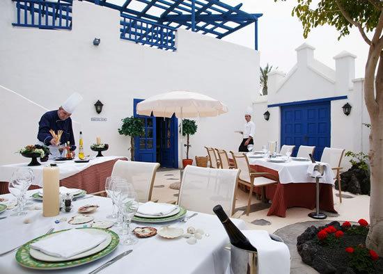 Hotel gran meli volc n lanzarote yaiza espa a - Hoteles con encanto en fuerteventura ...