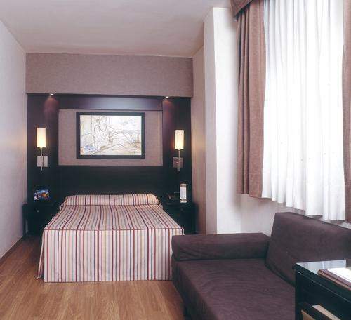 Hotel Catalonia Mikado  Barcelona  Espa U00f1a