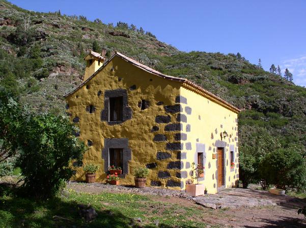 Rustic house finca casa de la virgen valleseco espa a for Casas en la finca