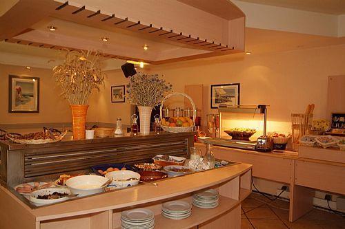 hotel balladins gen ve saint genis pouilly ain france. Black Bedroom Furniture Sets. Home Design Ideas