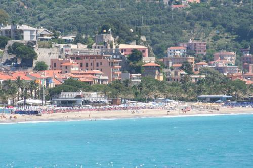 Hotel Grand Hotel Moroni Savone Italie Hotelsearch Com