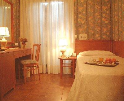 Hotel marconi mailand italien for Hotel marconi milano