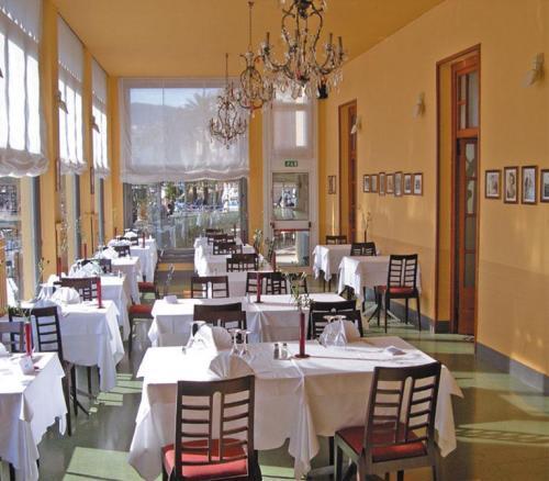 rapallo singles Wellnessreisende, hochzeitsreisende, urlaub zu zweit, familie, singles hoteltyp  wie zum beispiel den yachthafen rapallo sowie das castello di rapallo.