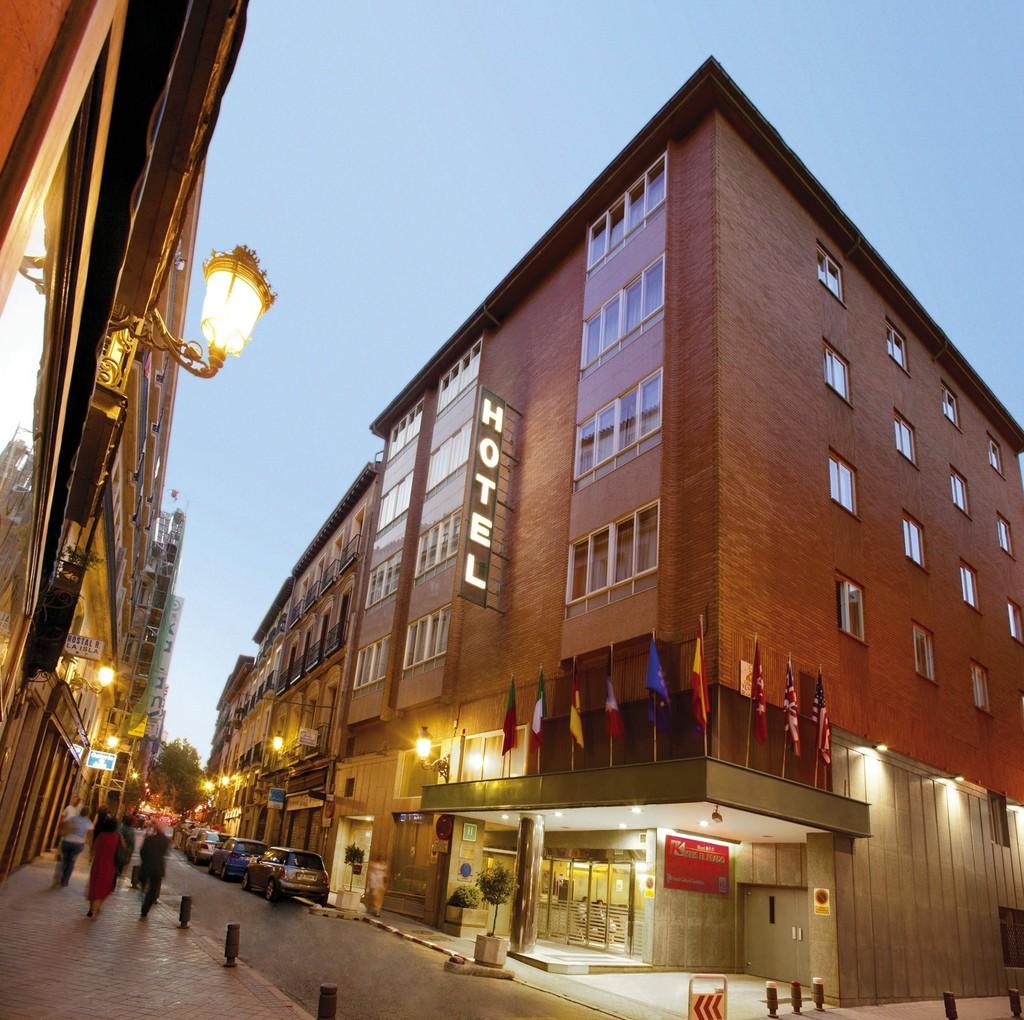 Hotel ibis styles madrid prado madrid spain for Calle prado 9 madrid