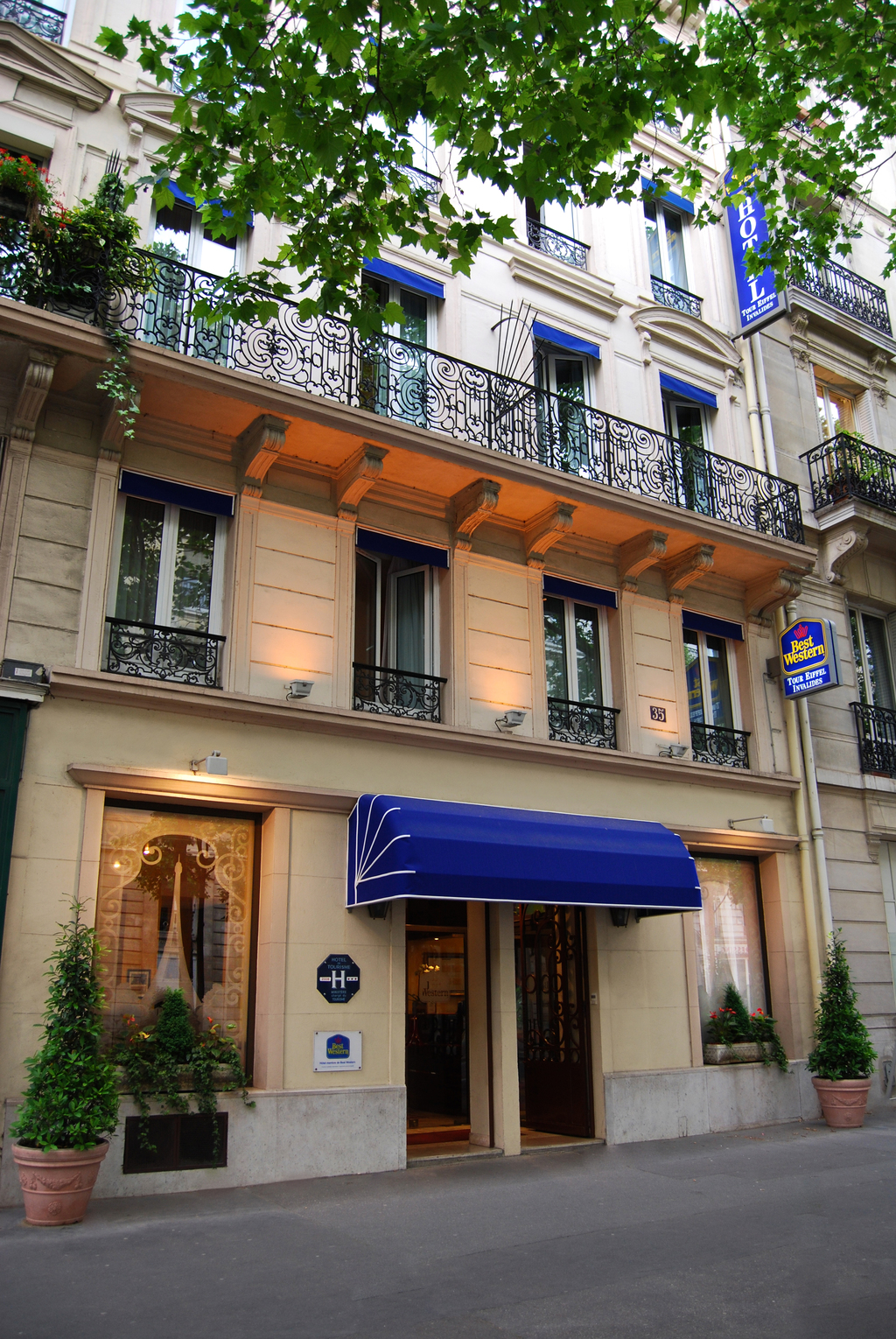 Hotel best western tour eiffel invalides paris 7e for Hotel best western paris
