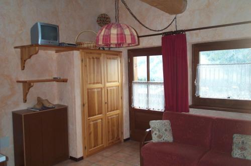 Hotel Residence Trompe L Oeil Aosta Italy Hotelsearch Com