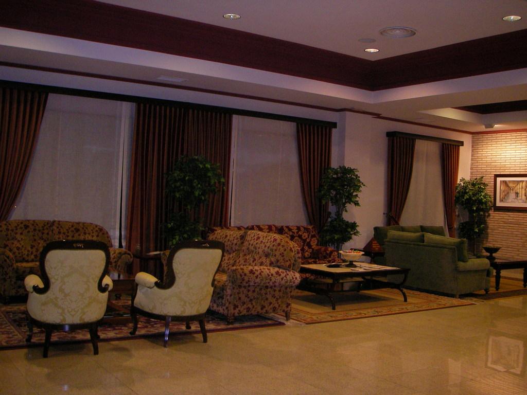 hotel husa santiago le n le n espagne. Black Bedroom Furniture Sets. Home Design Ideas