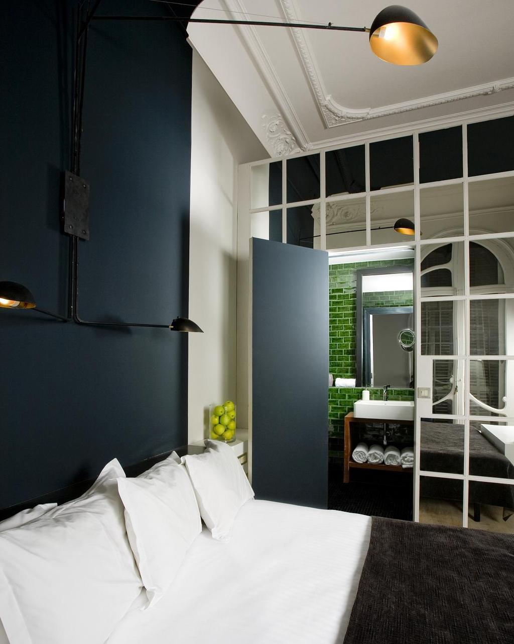 Hotel praktik rambla barcelona spain for Hotel search