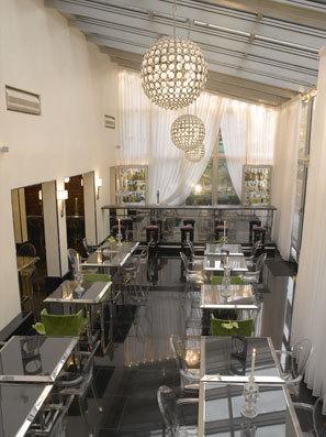 hotel les jardins du marais home plazza paris 11e arrondissement france. Black Bedroom Furniture Sets. Home Design Ideas