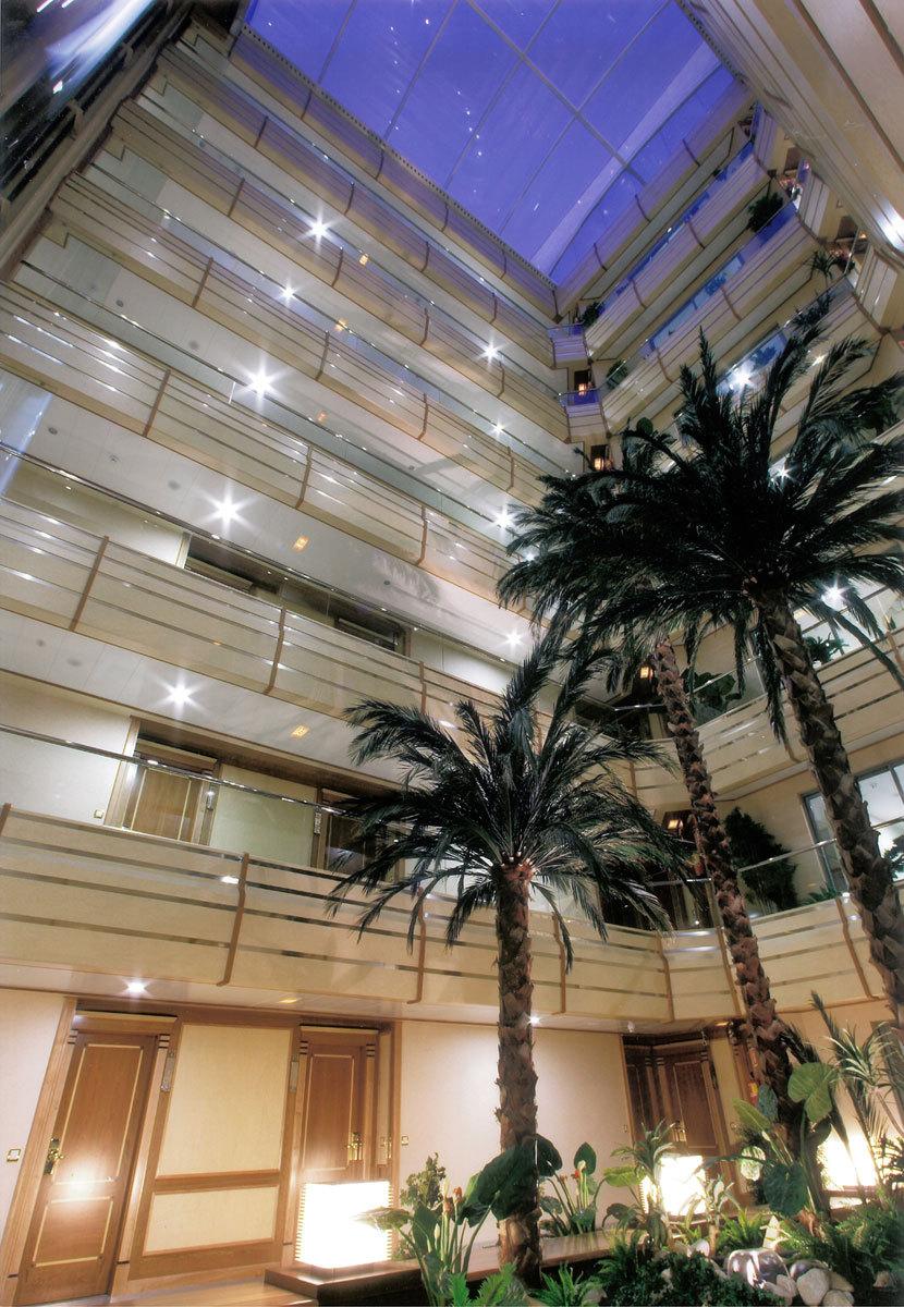 Hotel jard n metropolitano madrid spain for Jardin metropolitano madrid