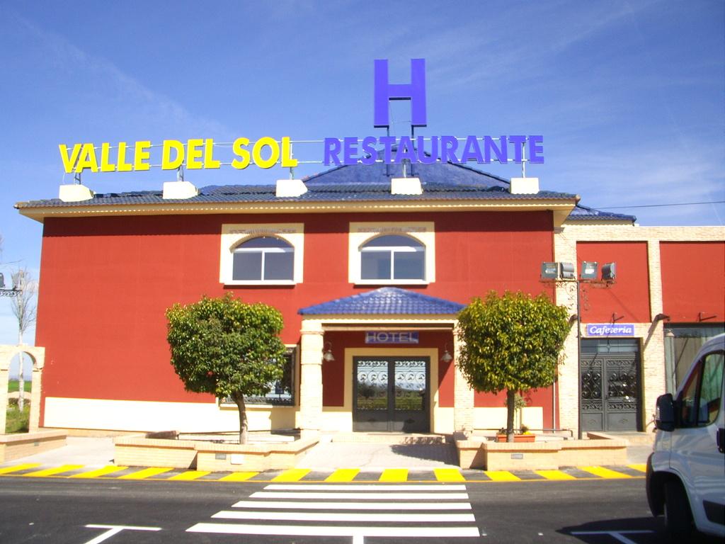 Hotel valle del sol ii antigua nueva tierrallana for Hotel del sol