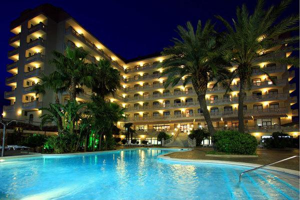 hotel aqua hotel bella playa malgrat de mar espagne. Black Bedroom Furniture Sets. Home Design Ideas