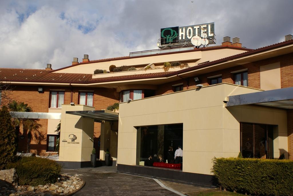 hotel els noguers manresa: