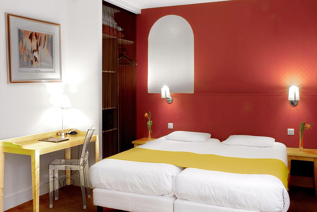 Hotel r gina op ra paris 10e arrondissement france for Hotel 11 arrondissement paris