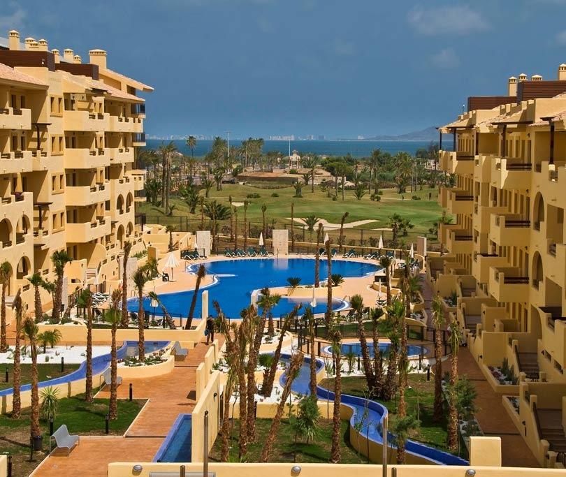 Hotel senator mar menor golf spa resort los alc zares for Piscina los alcazares